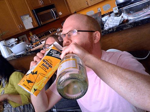 ビールを一気に飲まないこと