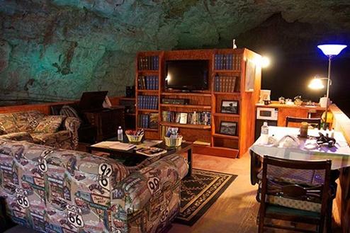 グランドキャニオン洞窟(The Grand Canyon Caverns) アメリカ
