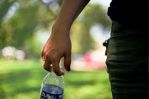 熱中症は水分補給のスポーツドリンクで自分を守れ!